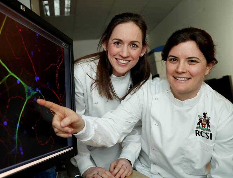 Dr Orla Watters and Dr Niamh Connolly observing a nerve cell in the brain that can become damaged in Parkinson's.