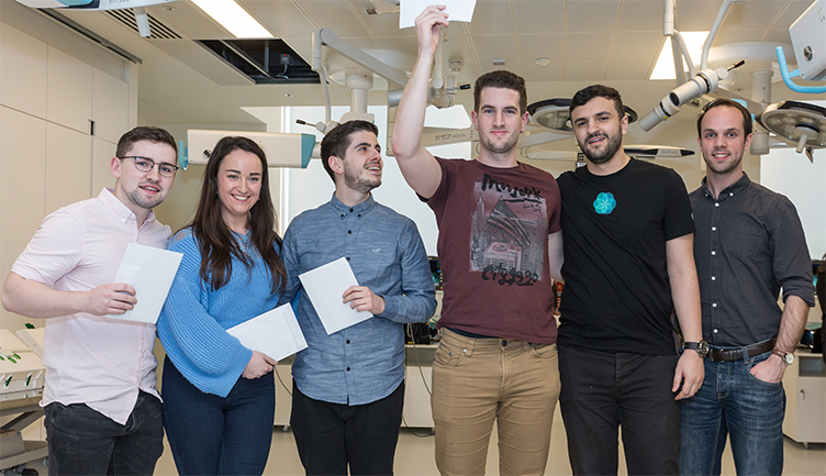 Pictured are the winners of the team category, University of Limerick (l-r) Paul Quigley, Úna Brennan, Michael Curran, Ciarán Nannery, Mohamed El-Gamati and David Slater